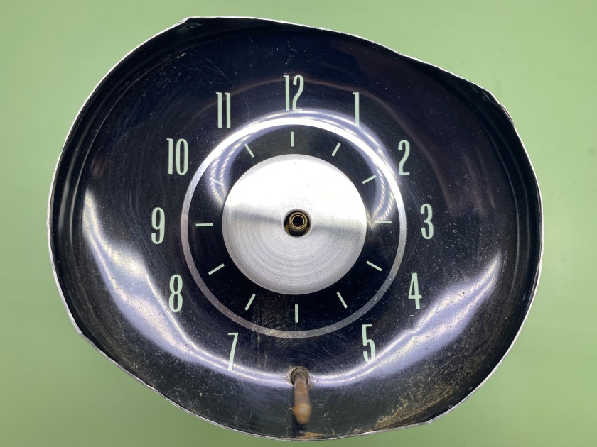 Borg electric clock