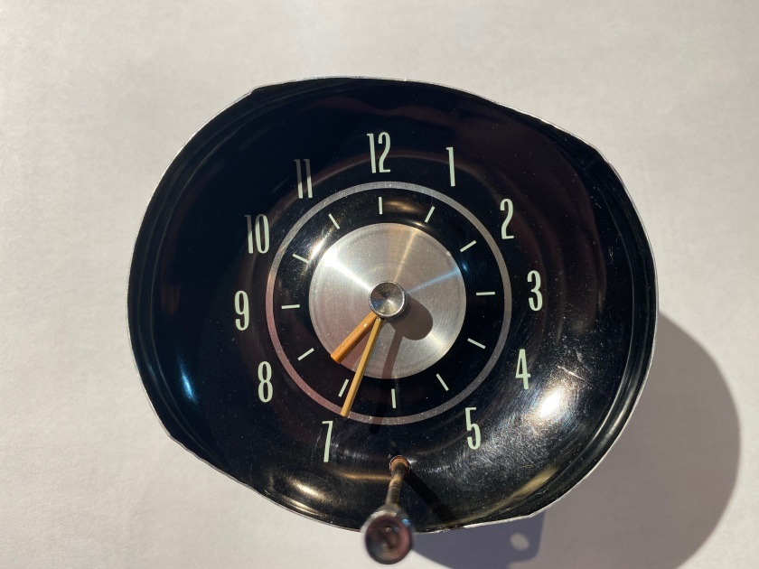 Borg electric dashboard clock